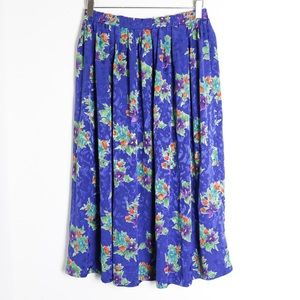 Vintage 70s floral skirt full flowers silky knee